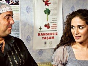 Ata Demirer'in eski eşi Özge Borak bakın kiminle evliymiş! Şoke eden detay...